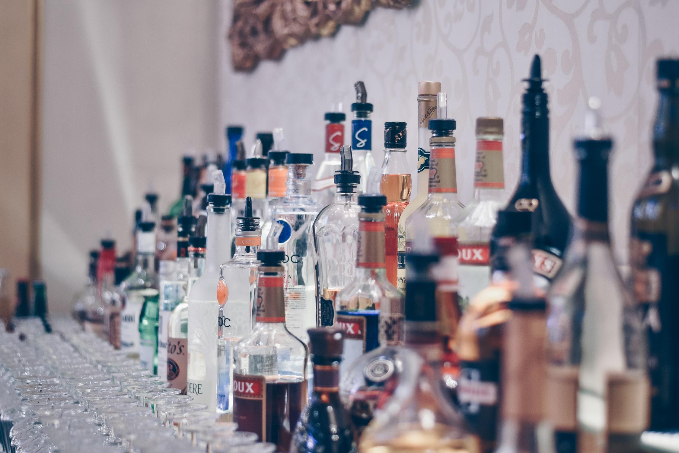 Bar services & Beverages